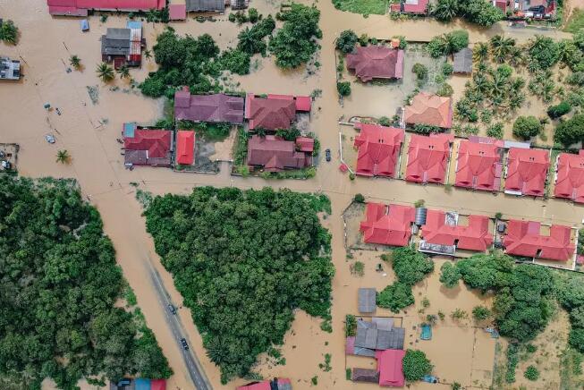 双语 | 面对突如其来的洪水,如何趋利避害,保护好自己?
